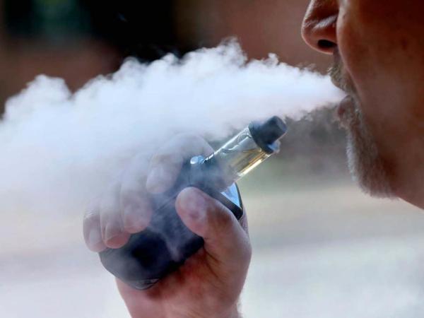 研究发现,某些类型的电子烟蒸气中含有危险的重金属