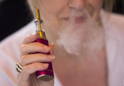 印度卫生部呼吁停止销售电子烟和加热不燃烧装置(iqos)