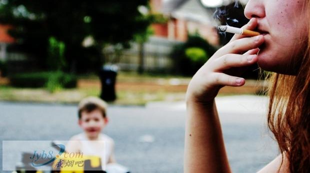 让你没地方抽烟,政府帮你戒烟