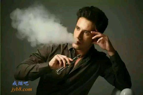 吸烟者转向电子烟后尼古丁暴露相同,但降低致癌物