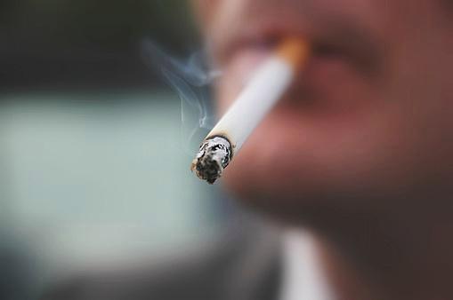 老板能阻止你在工作时间抽烟吗?抽支烟休息一下不行吗?