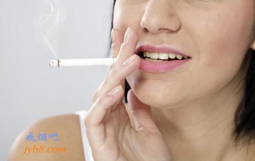 牙医列出了吸烟对口腔的七宗罪