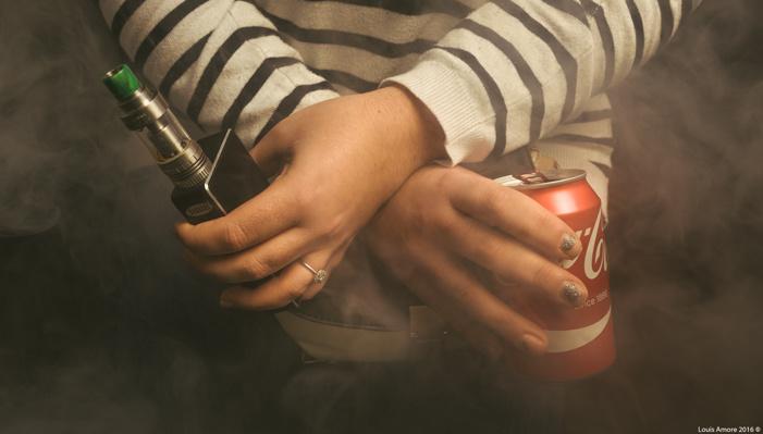 Vaping文化:镜头下的抽电子烟者(图文)